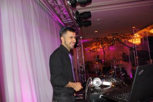 Jewish DJ at El Caribe Caterers Brooklyn NY
