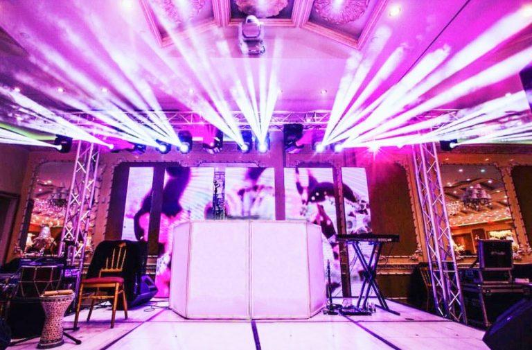 14 Intelligent Lights on a Bridge + LED Stage + LED Video Wall