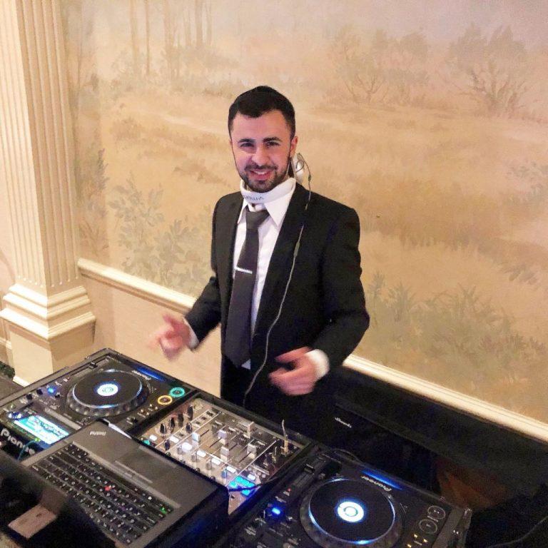 DJ Baturo performing a wedding at Woodmere Club