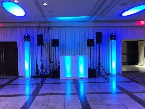 Awesome jewish wedding DJ with lights