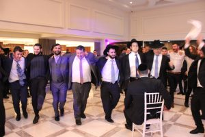 Religious Orthodox Wedding in Manhattan Beach Jewish Center Kosher DJ